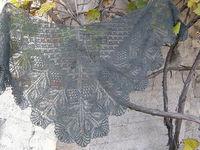 Вязание шалей крючком - схемы с описанием: серая паутинка.
