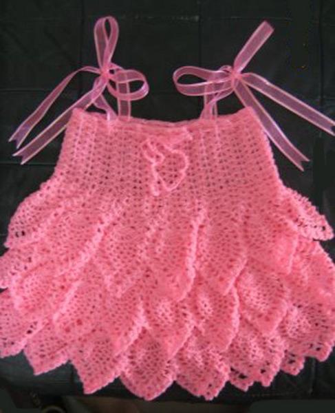 Описание: вязаные крючком юбки с воланами.