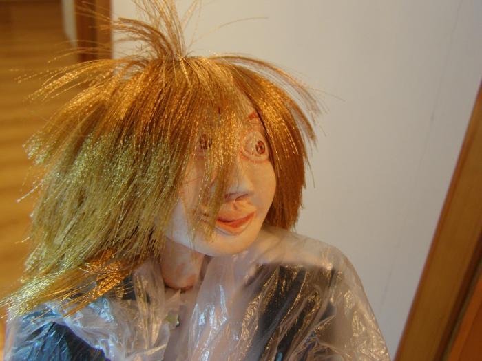 Волосы для кукол из атласных лент. http://xobby.ucoz.ru/forum/88-1243-2.